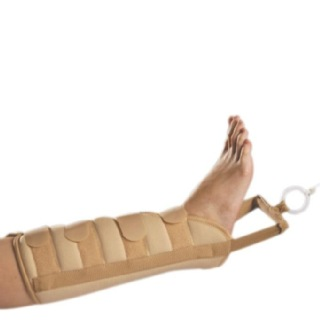 Tynor Leg Traction Brace (G-05), Small online in India ...